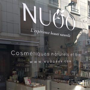 Décoration de vitrines - Vitrophanie de la boutique NUOO